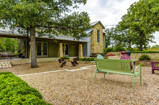East Austin - Gilbert contemporary-patio