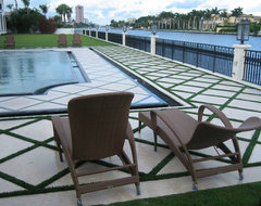 EasyTurf Poolside modern patio