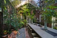 Udetid! Skab en hyggelig oase i dit drivhus