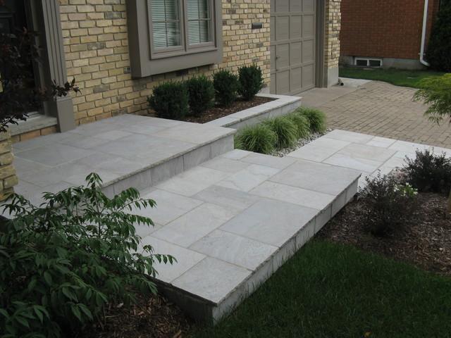 Eramosa square cut flagstone porch step walkway and for Bluestone front porch