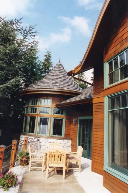European flair custom home for Flair custom homes