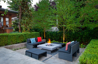 Contemporary fire pit and chairs.
