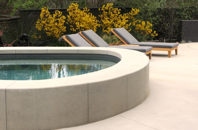 Extreme Makeover in San Diego contemporary-patio