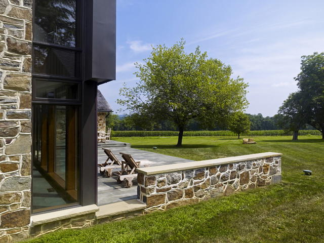 Farmhouse Addition modern patio