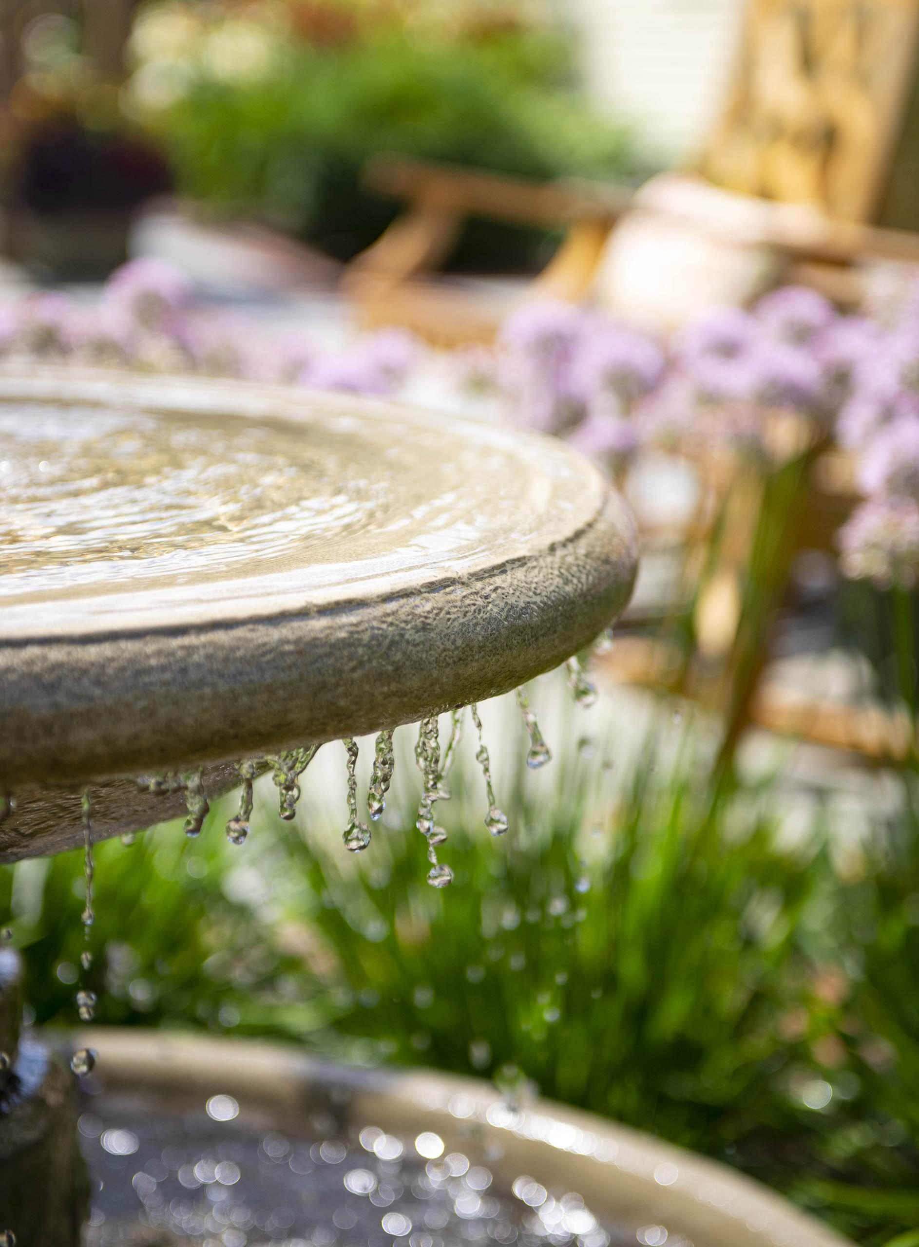 Farmhouse Fountain - Hawthorn Woods, IL