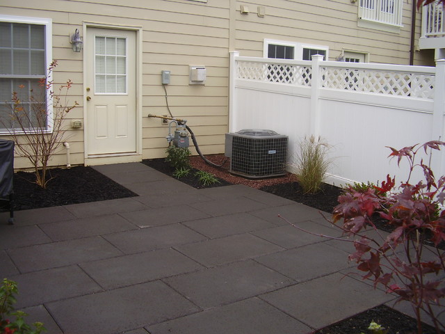 Superb Faux Flagstone Townhouse Patio Traditional Patio