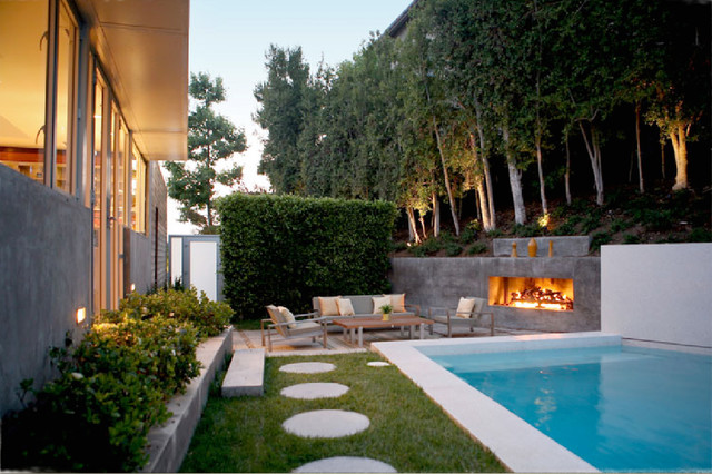 modern patio by Markus Canter (FCB:Design)