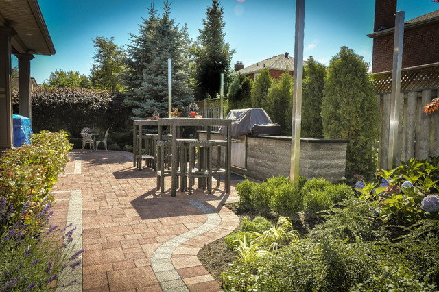 Findhorn contemporary-patio