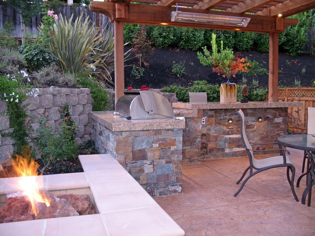 Fire pit, BBQ, and Arbor a Heater traditional-landscape