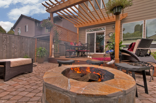 fire pit water feature pergola paver courtyard patio portland by paradise restored. Black Bedroom Furniture Sets. Home Design Ideas