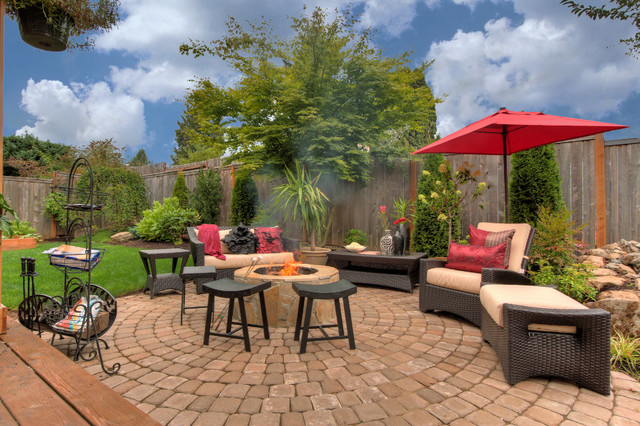 patio designs with firepit