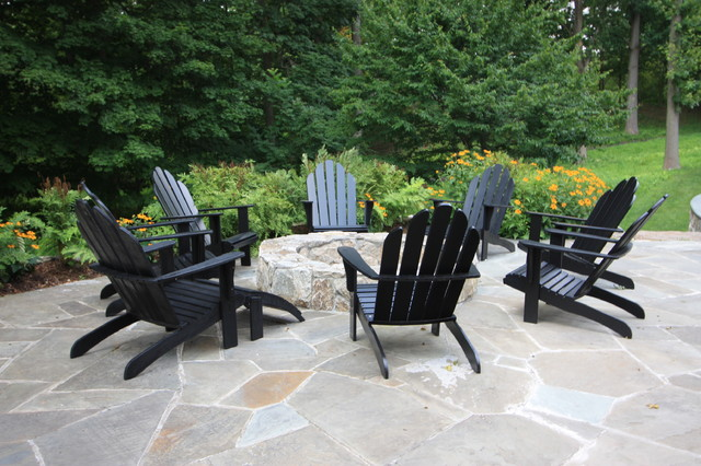 Firepit traditional-patio