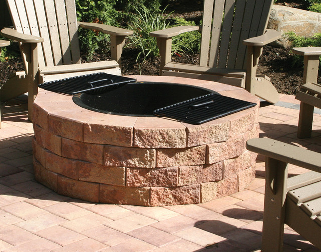 Firepit kit traditional patio new york by nicolock for How to build a round fire pit
