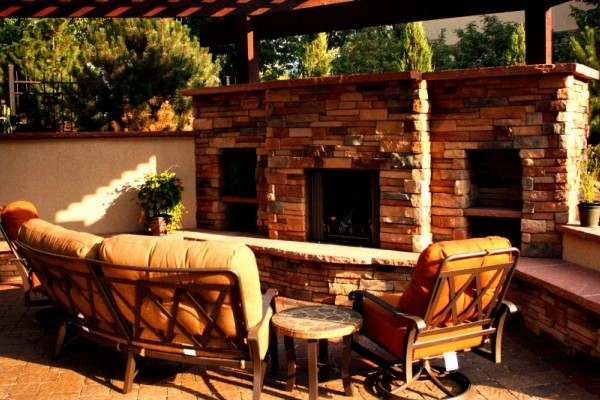 Fireplace & Firepits traditional-patio