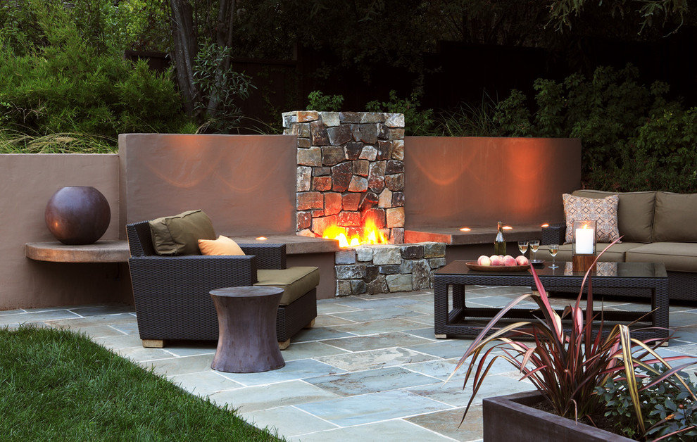 Trendy patio photo in San Francisco with a fire pit