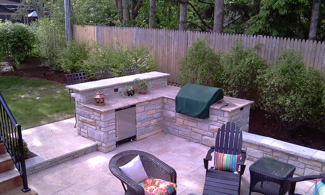 Fireplace, Built-In-Grill with Bar - Traditional - Patio - Chicago ...