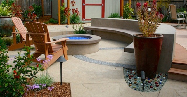 Fireplaces and Firepits contemporary-patio