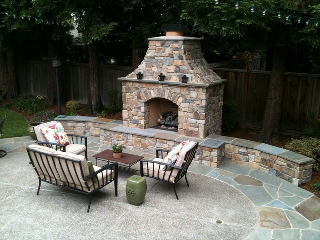 Fireplaces in Outdoor Rooms  patio