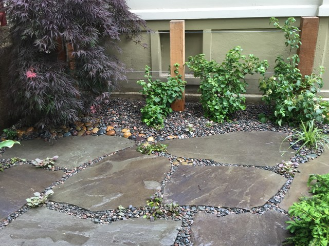 Flagstone & Irregular Shaped Natural Stone transitional-patio