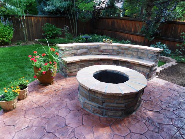 Flagstone Firepit U0026 Sitting Area Traditional Patio