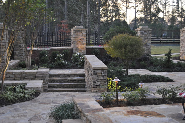 Flagstone walkways traditional patio
