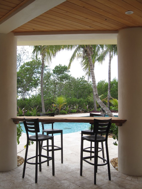 Florida Keys Island House tropical-patio