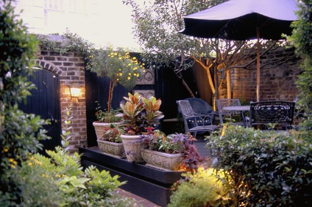 Foley House Inn traditional-patio