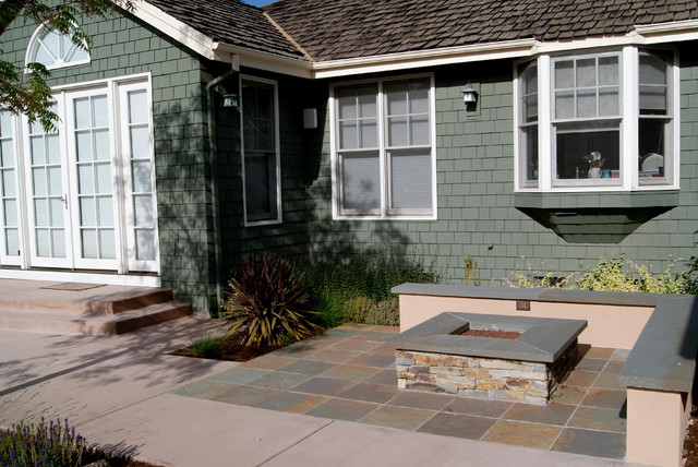 Foothills of Cupertino CA. contemporary-patio