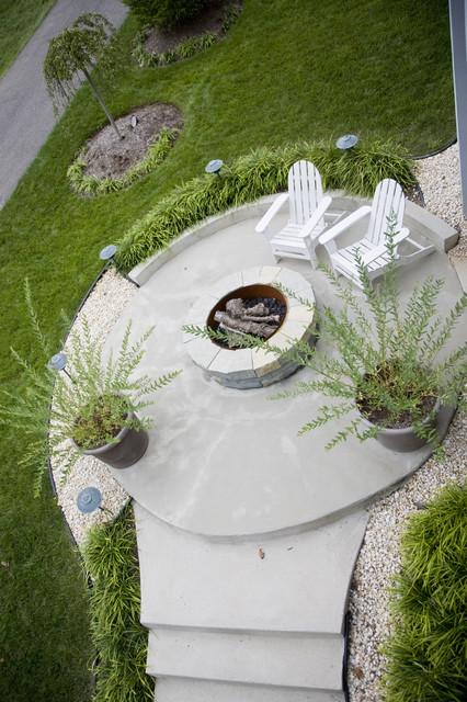 FORMA Design modern-patio