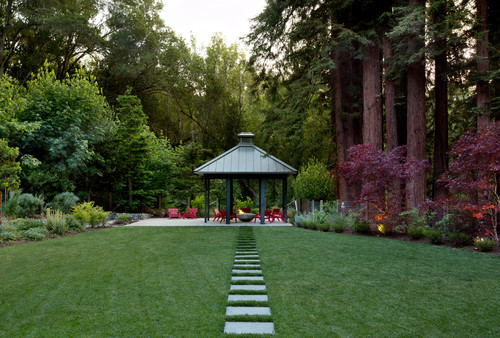 Forest Backyard Ideas :  by Redwood City Architects & Designers Simpson Design Group Architects