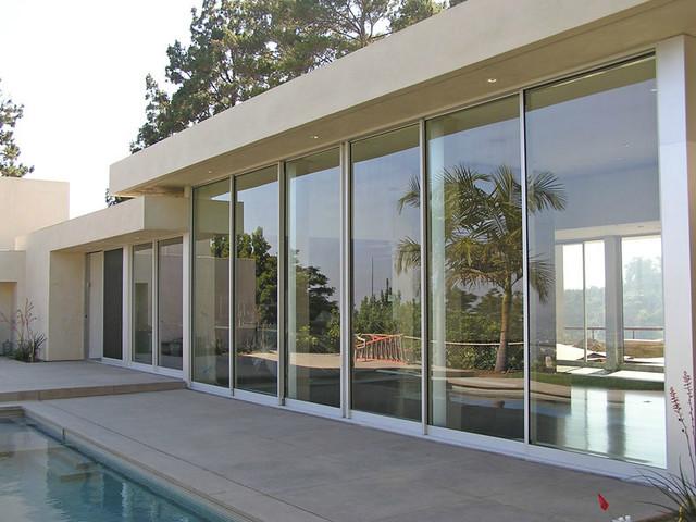 Frameless sliding glass walls for Sliding glass walls for patios