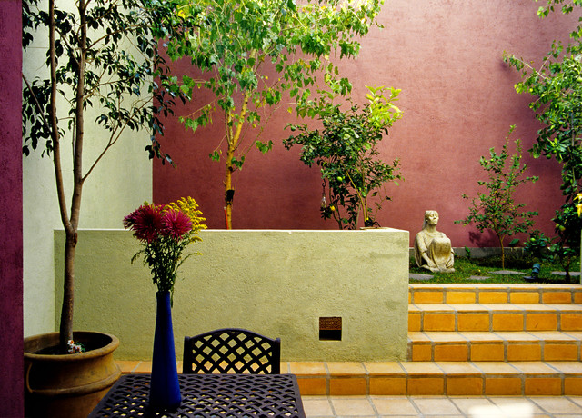 Francisco Marquez mediterranean patio
