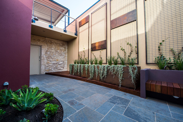 Fremantle Courtyard - Contemporary - Patio - Perth - by ...
