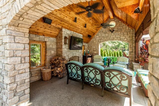 country style backyard