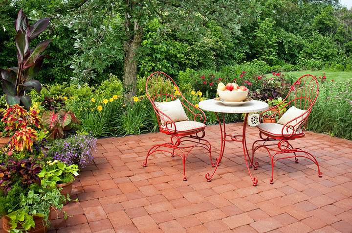 How to Keep Your Metal Outdoor Furniture Rust-Free