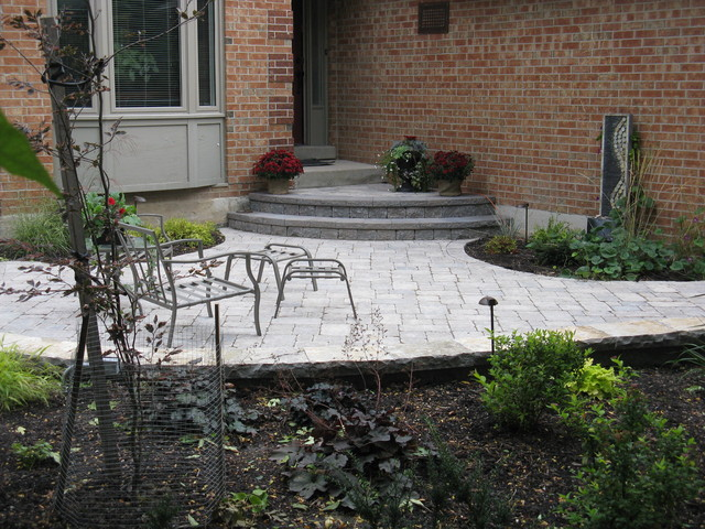 Front entrance patio design for Front porch patio designs