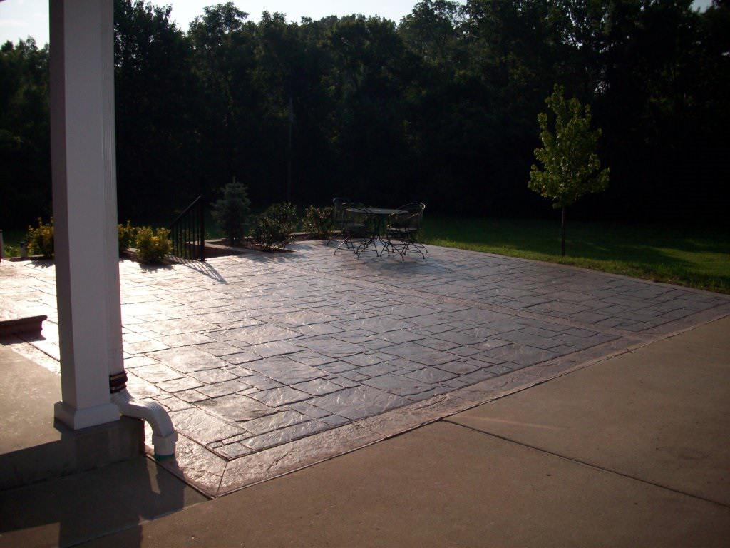 Frontenac, Missouri multi-pattern stamped concrete patio photo 2