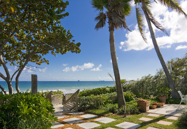 Ft Lauderdale Florida Beachside Cottage Tropical