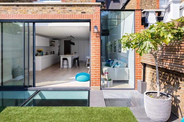 Fulham Lion House contemporary-patio