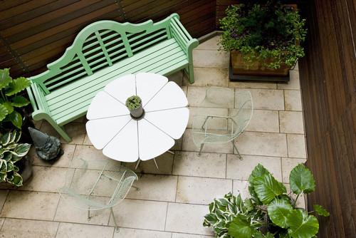 Outdoor patio with bistro nook