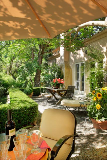 Patio - rustic patio idea in Sacramento