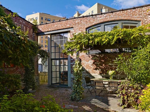 Garden House traditional-patio