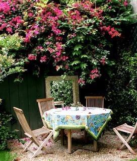 Garden eclectic exterior
