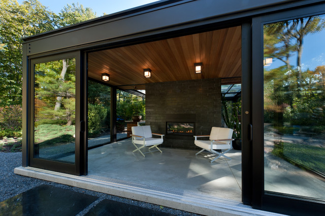 Charming Glass House In The Garden Modern Patio