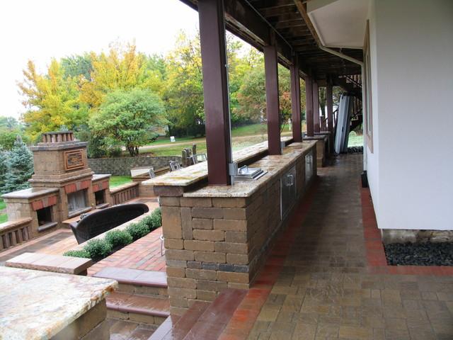 Glen Ellyn Backyard traditional-patio
