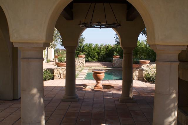 Golden Eagle mediterranean-patio