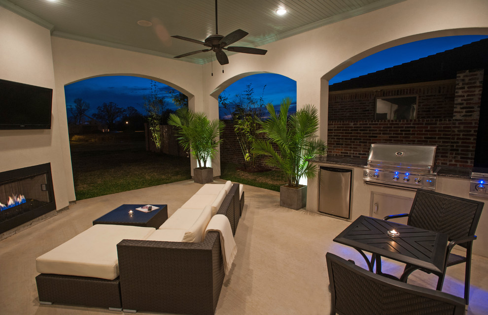 Patio - contemporary patio idea in New Orleans