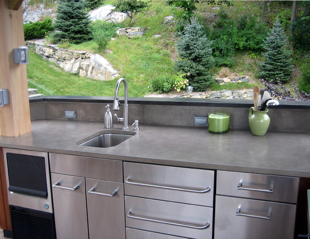Your Guide To The Top Outdoor Kitchen Countertop Materials