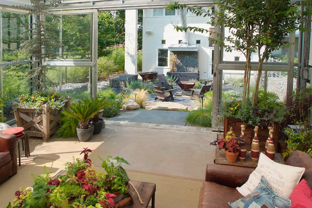 Marvelous Greenhouse Living Industrial Patio