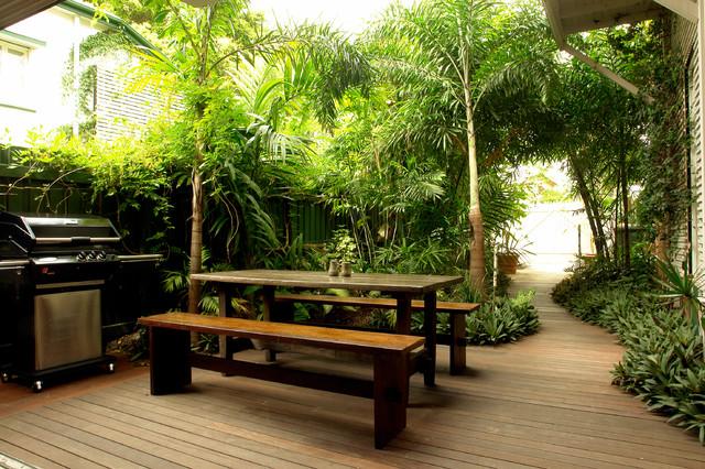 Guest House Garden Make Over Tropical Patio